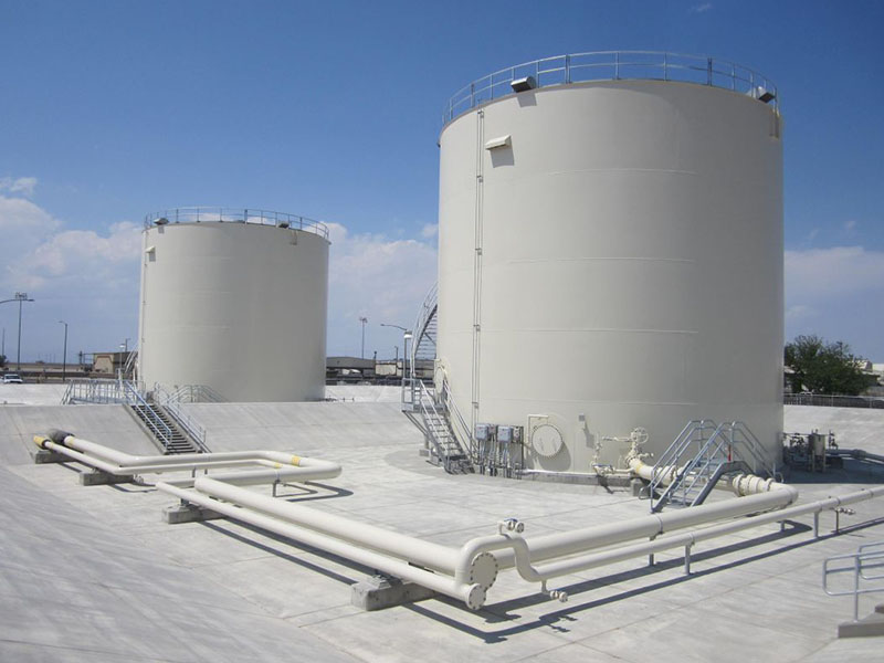 LARGE SCALE FUEL OIL STORAGE TANK